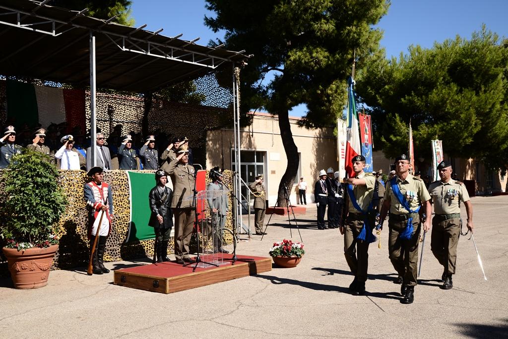 bandiera-9-reggimento-lascia-lo-schieramento