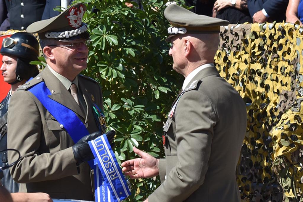 gen-portolano-consegna-onorificienza