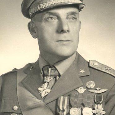 generale_giuseppe_izzo
