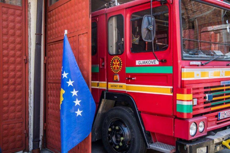 kosovo-mezzi-in-dotazione-ai-vigili-del-fuoco-di-gjakova-dakovica