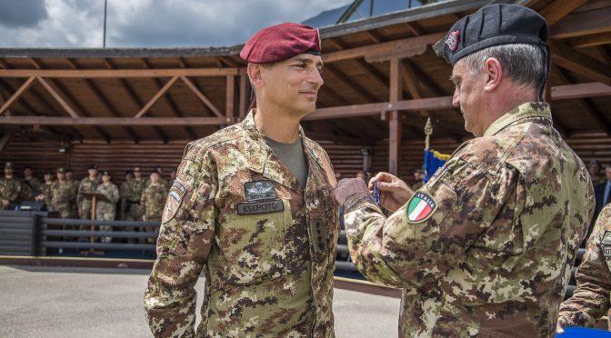 kosovo-consegna-medaglia-nato-a-col-gagliardi