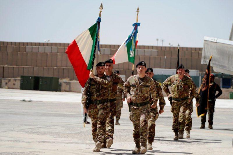 cd59da41-7289-436d-8bd4-0db04bc47d9abandiera-di-guerra-del-152-reggimento-sassari