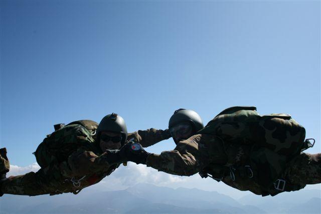 promozioni.alpini.paracadutisti.jpg