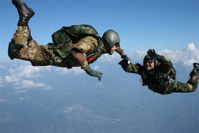 promozioni.alpini.paracadutisti1.jpg
