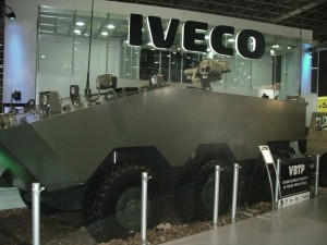 vbtp-mr_iveco_defence_vehicles_wheeled_armoured_vehicle_personnel_carrier_Brazil_Brazilian_army_640