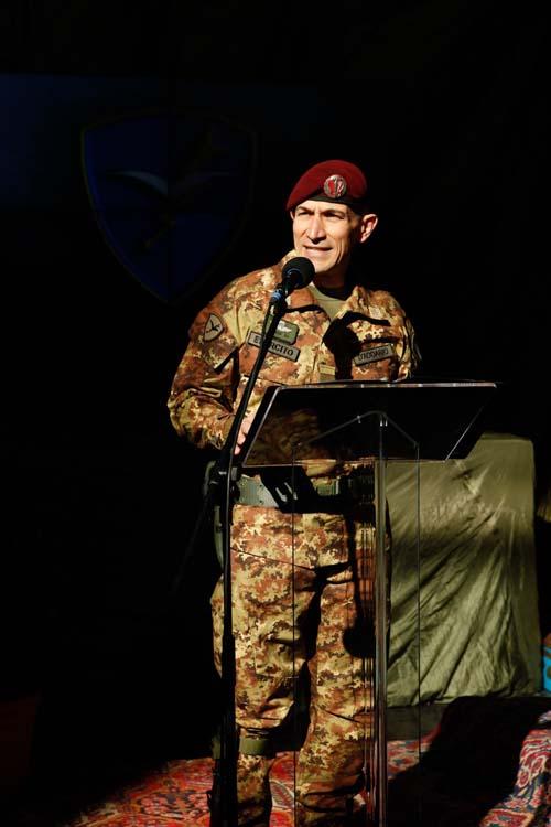 Gen D'Addario Comandante uscentepiccola